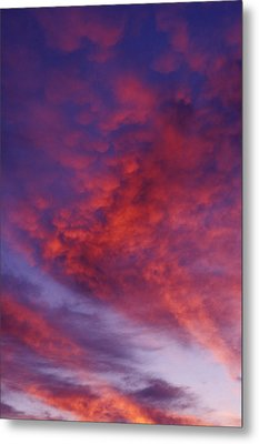 Red Clouds Metal Print by Garry Gay