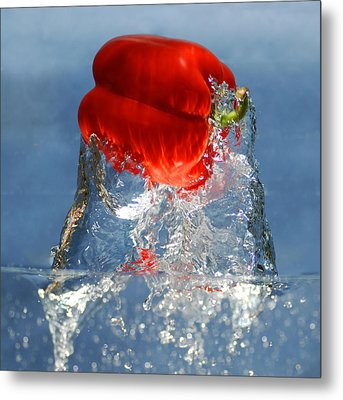 Red Pepper Splash Metal Print by Dung Ma
