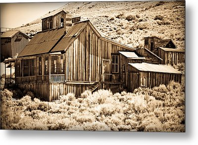 Residence At The Old Mill Metal Print by Levin Rodriguez