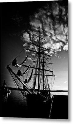 Sails In The Sunset Metal Print by Hakon Soreide