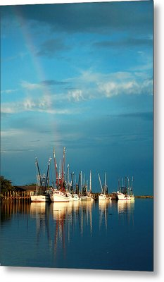 Shrimp Boats In Darien Metal Print by Mary Hershberger