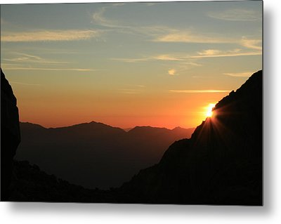 Sunrise On Mt.whitney Metal Print