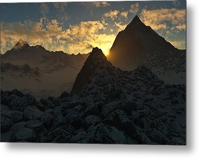 Sunset In The Stony Mountains Metal Print