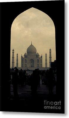 Taj Mahal Metal Print by Inhar Mutiozabal