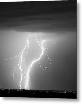 Taking It To The Ground Bw Metal Print by James BO  Insogna