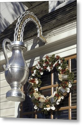 Tavern Tankard Sign Metal Print by Sally Weigand