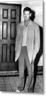 Ted Williams Outside A Miami Court Room Metal Print by Everett