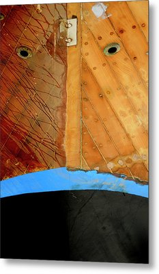 Metal Print featuring the photograph The Face by Pedro Cardona