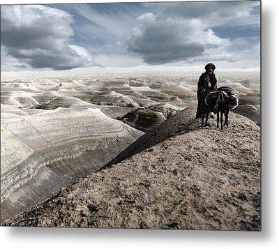 Traveling Through The Desert Metal Print by Munir Alawi