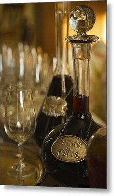 Two Decanters Of Port Wine And Glasses Metal Print by Michael Melford