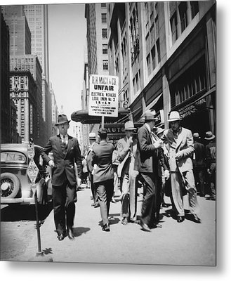 Union Men Picketing Macys Department Metal Print by Everett