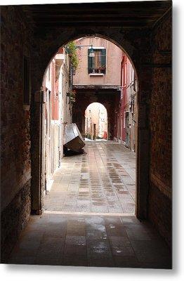 Venetian Alleyway Metal Print