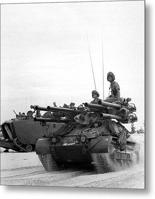 Vietnam War. Us Troops Arriving Metal Print by Everett