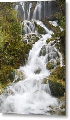Waterfall Metal Print by Ng Hock How