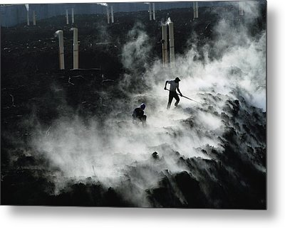 Workers At The Blue Plains Waste Water Metal Print by Robert Madden
