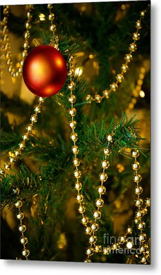 Xmas Ball Metal Print by Carlos Caetano