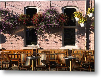 Pink Hotel Quebec City Metal Print by Art Ferrier