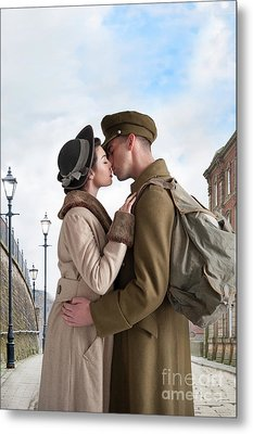 Metal Print featuring the photograph 1940s Lovers by Lee Avison