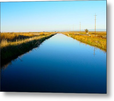 Biggs Canal Metal Print by Suzanne Lorenz