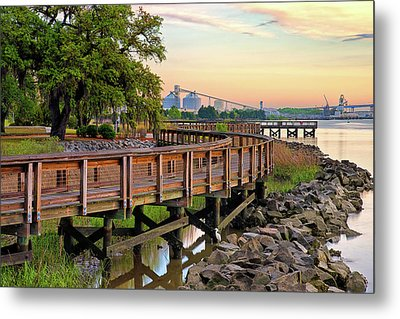 Greater Charleston War Memorial Park Metal Print by Donnie Smith