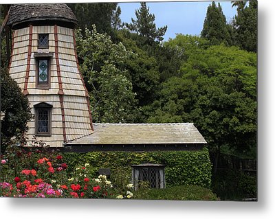 Green House Metal Print by Ivete Basso Photography