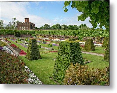 Metal Print featuring the photograph Hampton Palace Gardens by Elvira Butler
