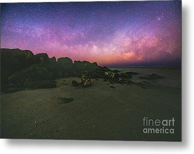 Milky Way Beach Metal Print by Robert Loe