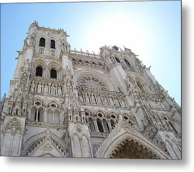 Metal Print featuring the photograph Notre-dame D'amiens by Mary Mikawoz