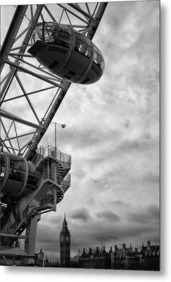The London Eye Metal Print by Martin Newman