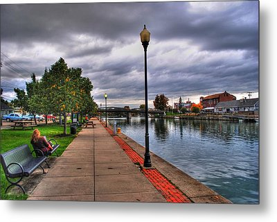 View Of Delaware Bridge At Erie Canal Harbor Metal Print