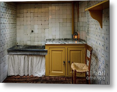 19th Century Kitchen In Amsterdam Metal Print by RicardMN Photography