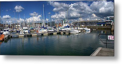 Sutton Harbour Plymouth Metal Print by Chris Day