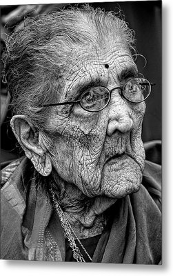 96 Year Old Indian Woman India Day Parade Nyc 2011 2 Metal Print by Robert Ullmann
