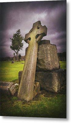 A Celtic Cross In Glasgow Scotland Metal Print by Carol Japp