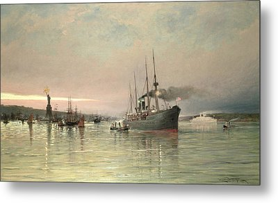A Liner And Other Shipping Before The Statue Of Liberty Metal Print