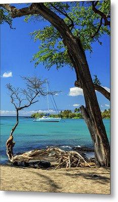 A Sailboat In Anaehoomalu Bay Metal Print by James Eddy
