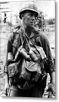 A U.s. Soldier With The U.s. 1st Metal Print