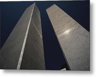 A View Of The Twin Towers Of The World Metal Print by Roy Gumpel