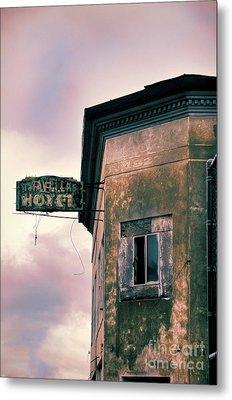 Abandoned Hotel Metal Print by Jill Battaglia