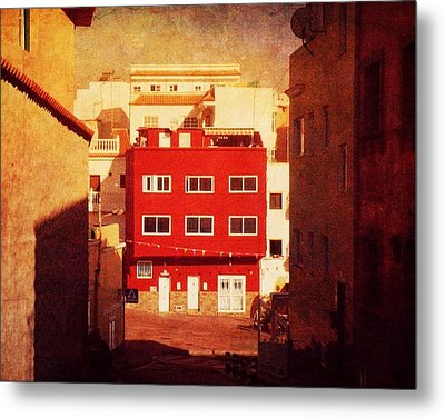 Metal Print featuring the photograph Alcala Red House No1 by Anne Kotan