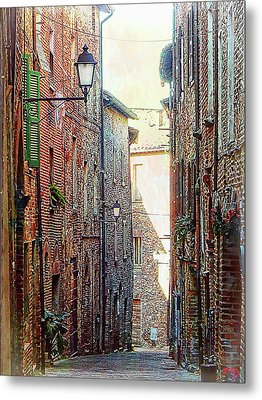 Alley View 2 Citta Della Pieve Umbria Metal Print by Dorothy Berry-Lound
