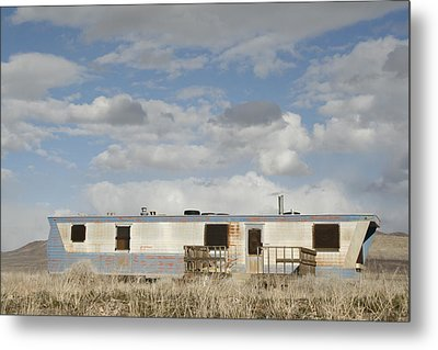 American Home Metal Print by Suzanne Lorenz