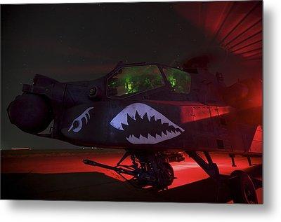 An Ah-64d Apache Longbow Metal Print by Terry Moore