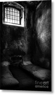 An Empty Cell In Old Cork City Gaol Metal Print by RicardMN Photography