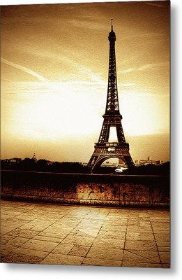 Ancient Paris Tour Eiffel Metal Print by Noovae