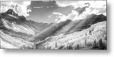 Metal Print featuring the photograph And You Feel The Scene by Jon Glaser
