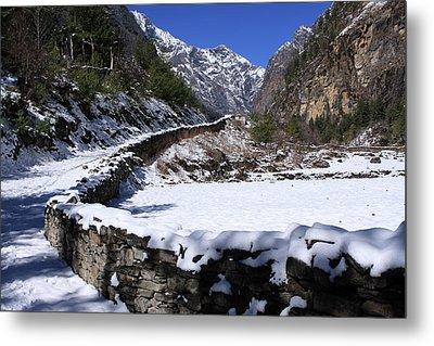 Annapurna Circuit Trail Metal Print by Aidan Moran