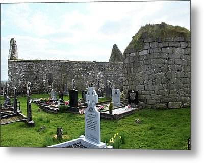 Metal Print featuring the photograph Antigua Iglesia De Killinaboy, Ireland by Marie Leslie