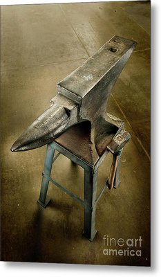 Metal Print featuring the photograph Anvil And Hammer by YoPedro