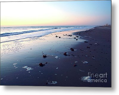 Arms Wide Open Metal Print by Robyn King